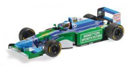 ancienne formule 1 bleue et vert