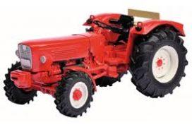 vieu tracteur rouge sans cabine