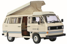 vieux camping car blanc