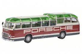 vieux bus rouge