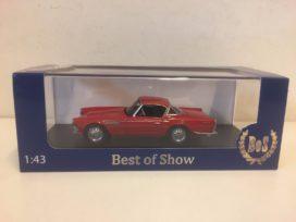 vieille voiture rouge de sport