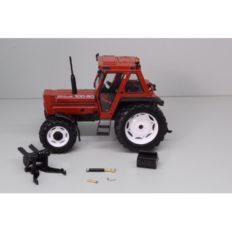 vieux tracteur agricole brun
