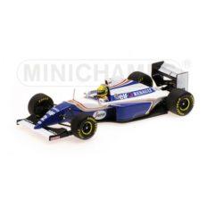 vieille voiture de course formule 1 blanche