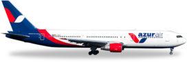 avion de ligne blanc rouge et bleu