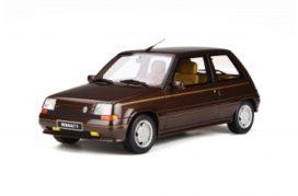 vieille voiture populaire brune