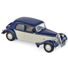 vieille voiture blanche et bleu