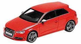 voiture de sport 3 portes rouge