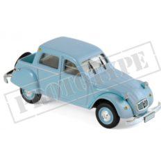 vieille voiture pick up bleu