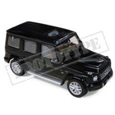 grosse jeep noire