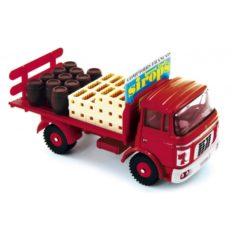 vieux camion rouge
