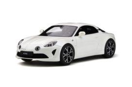 petite voiture de sport blanche