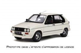 vieille petite voiture de sport blanche