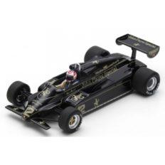 vieille voiture formule 1 noire
