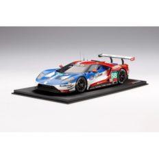voiture de course rouge et bleu