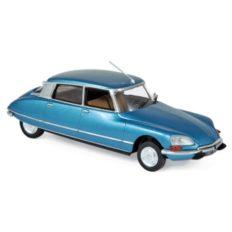 vieille voiture de luxe bleu