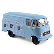 vieux camion publicitaire bleu