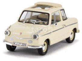 vieille petite voiture blanche