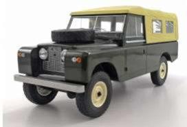 vieille jeep vert