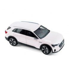 grosse voiture blanche electrique