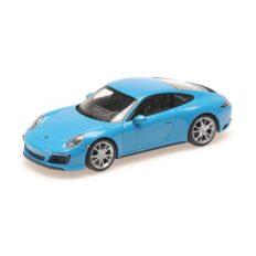 petite voiture de sport coupe bleu