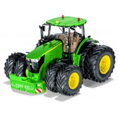 tracteur agricole vert