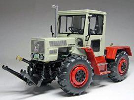 vieux tracteur agricole beige et rouge