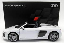 voiture de sport cabriolet blanche