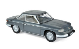 vieille voiture coupe grise