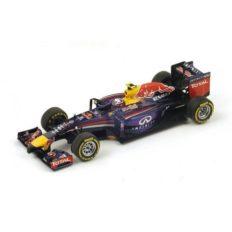 voiture de course formule 1 mauve