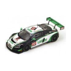 voiture de course verte et blanche
