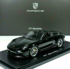 voiture de sport cabriolet noire