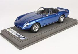 vieille voiture de sport cabriolet bleu