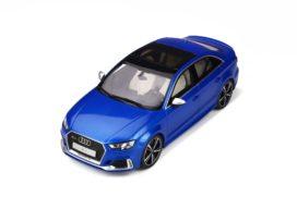 voiture de sport berline bleu