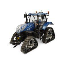 gros tracteur agricole avec chenille