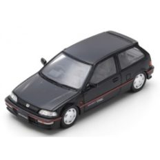 vieille voiture 3portes noire