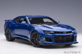 voiture de sport americaine bleu