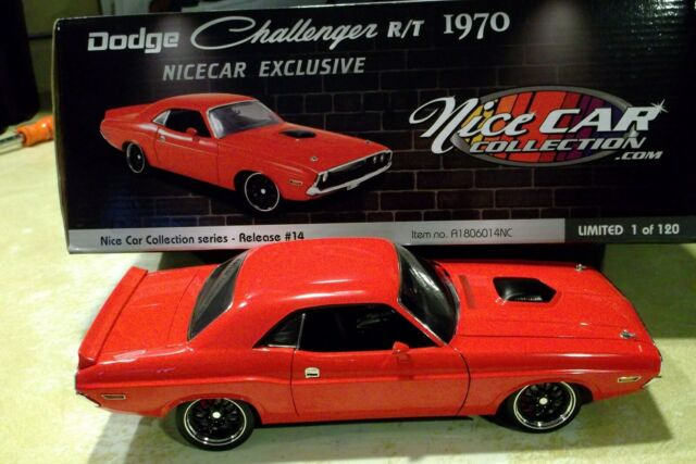 vieille voiture muscle car rouge