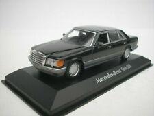 vieille voiture limousine noire