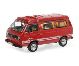 vieille camionnette rouge