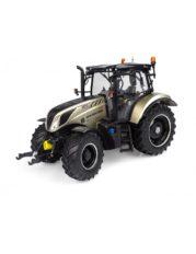 gros tracteur agricole gris