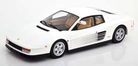 vieille voiture de sport blanche