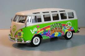 vieux bus hippie vert