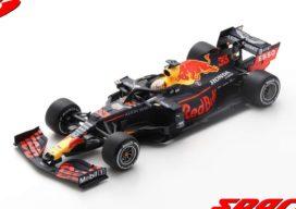 voiture de course formule 1 bleu
