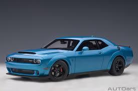 voiture americaine coupe bleu