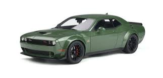 voiture verte coupe muscle car