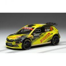 voiture de rallye jaune et noire