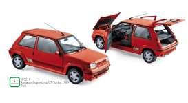 vieille petite voiture de sport rouge