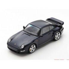 vieille voiture coupe noire