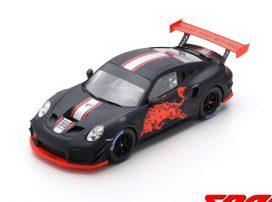 voiture de sport coupe noire et rouge