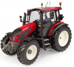 gros tracteur agricole rouge